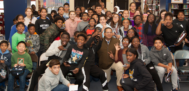 Roberto Clemente's Son Visits School Named for His Father